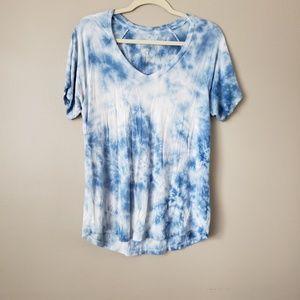 AEO Soft & Sexy Tye Dye V-Neck Short Sleeve Top